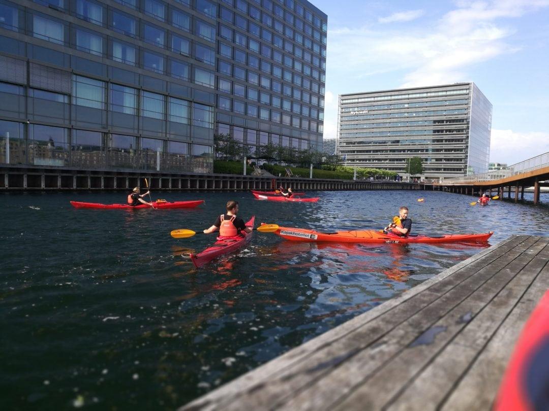 Teambuilding i kajak omkring Københavns kanaler